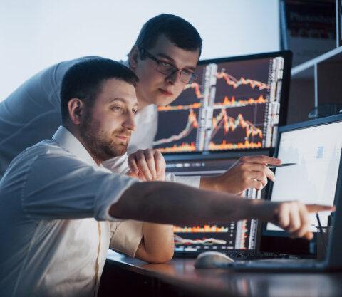 data management in dynamic work environment
